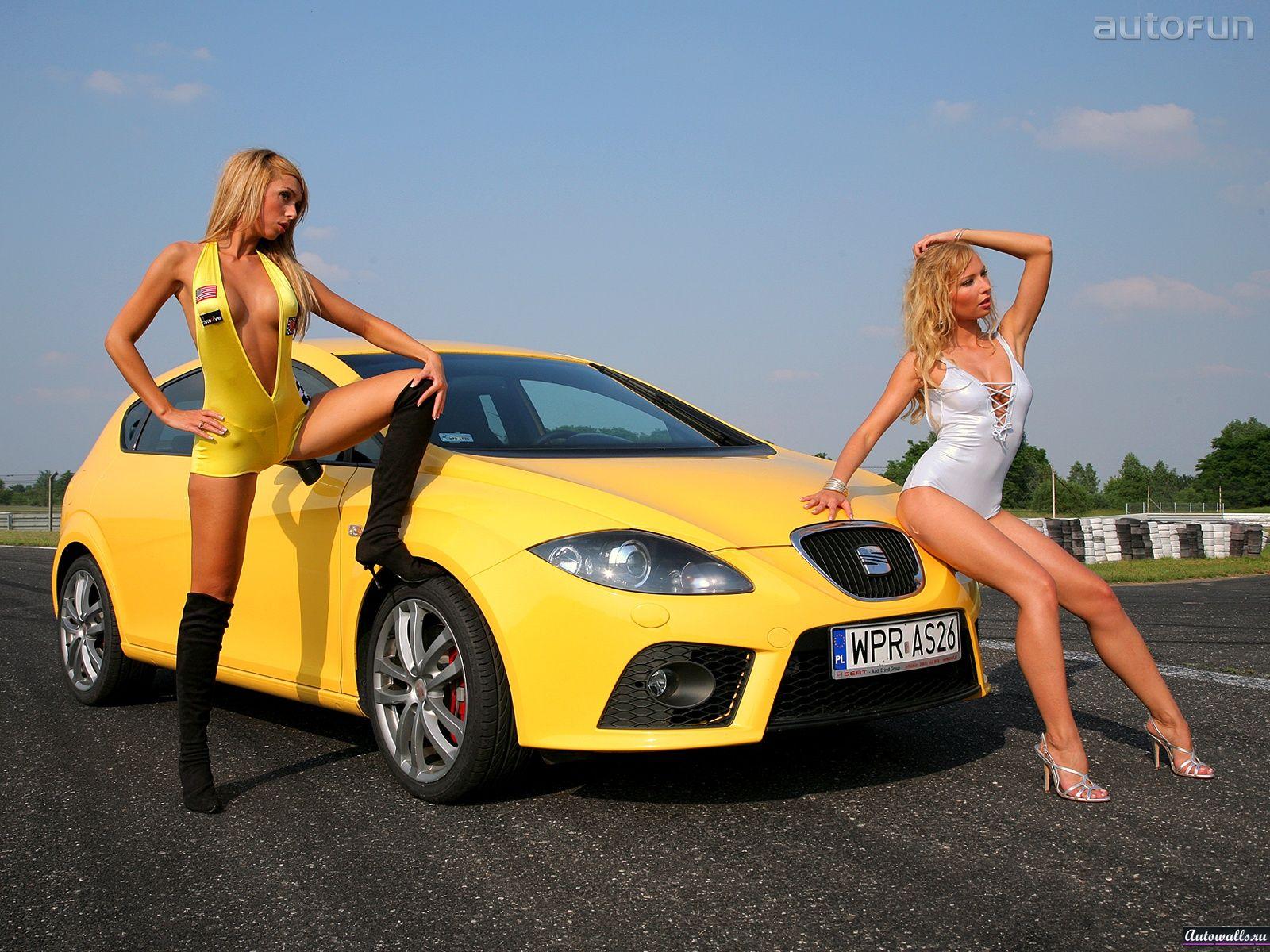 Скачать seat leon cupra babe, сеат, желтый, девушка, платье, фото