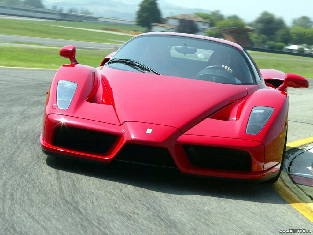 Преемник Ferrari Enzo дебютирует…