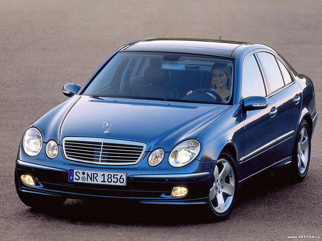 фото Mercedes-Benz E 350.
