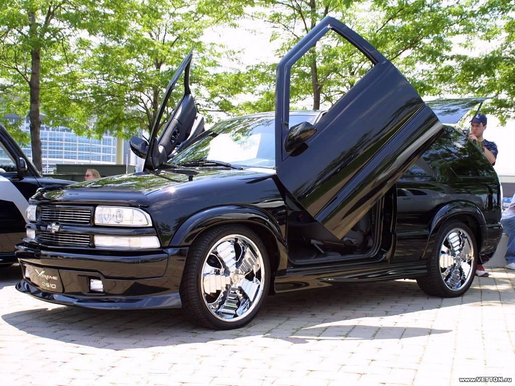 Фотографии тюнинга Chevrolet Blazer.