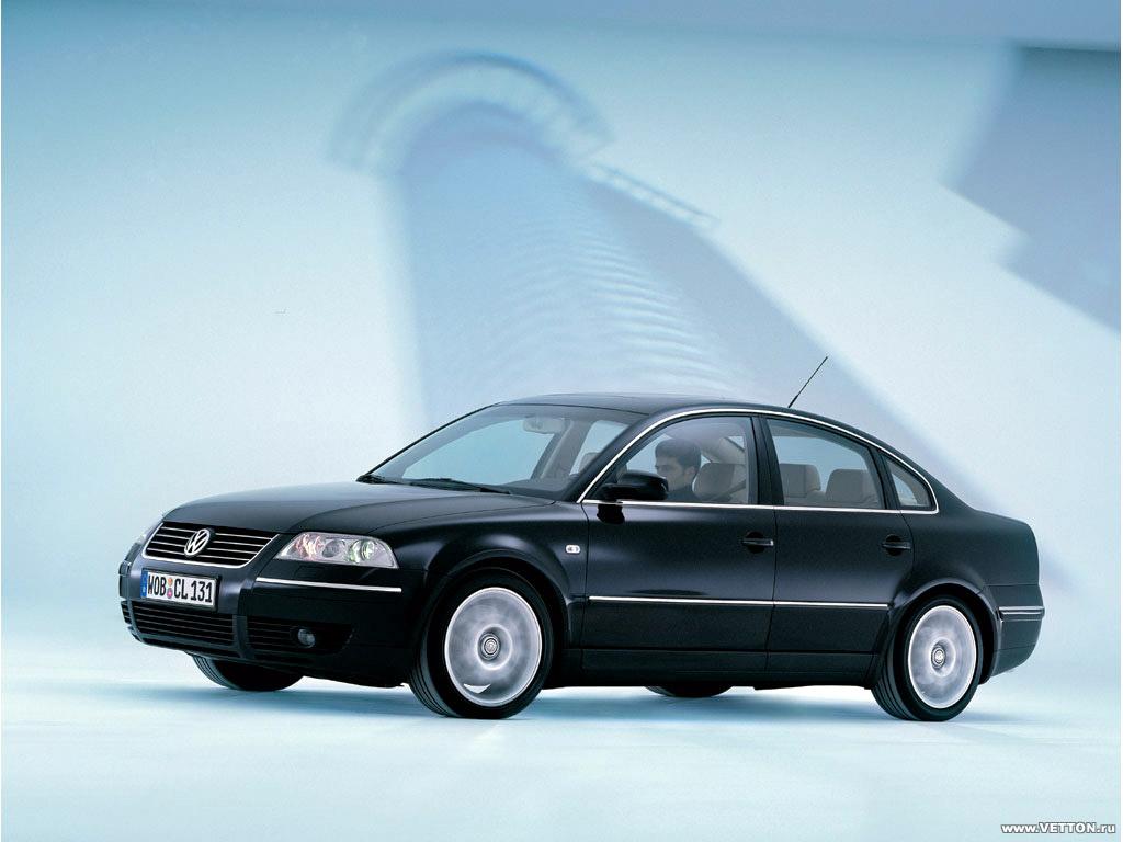 Volkswagen passat W8 sedan.